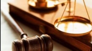 mai-multi-notari-moldoveni-risca-sa-si-piarda-licenta-pentru-ca-au-legalizat-acte-de-stare-civila-falsificate-1376056589